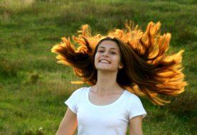 Představujeme efektivní, rychlou a levnou metodu prodloužení vlasů!