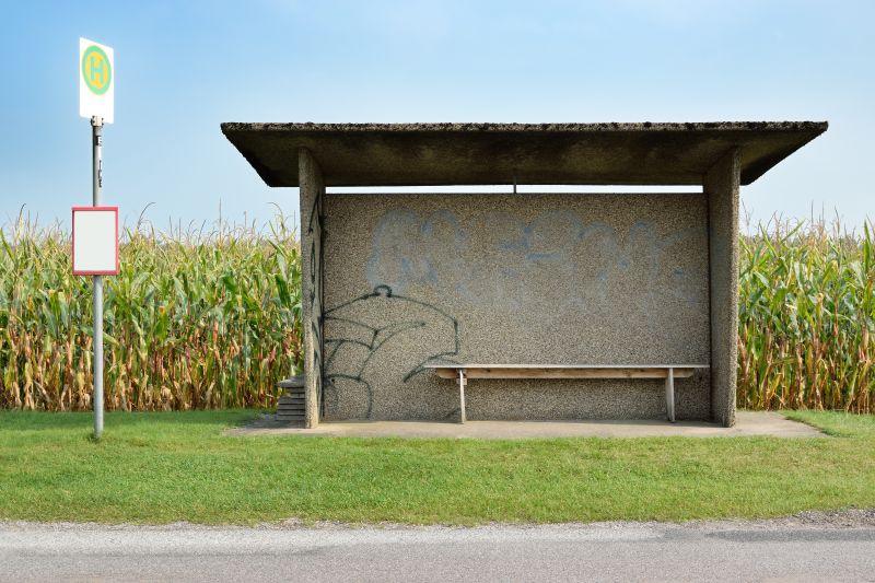 Odstranění graffiti zautobusové čekárny