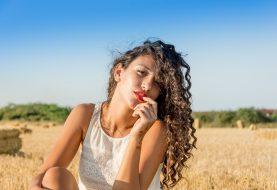 Dodejte svým vlasům zářivý odstín a přírodní péči barev Naturtint