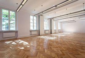 """I vaše podlaha si zaslouží péči, svěřte její čištění """"Mytí podlah Praha"""""""