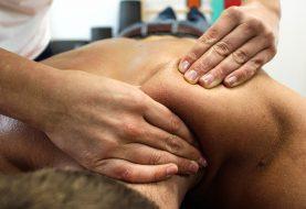 Léčení masážemi a vesmírnou energií