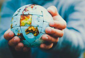 Hračky, se kterými si hrají děti po celém světě