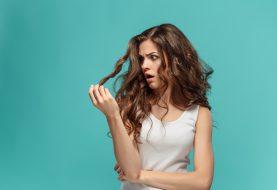 Mastné vlasy nejsou jen problémem dospívajících dívek. Bojují s nimi i dospělé ženy