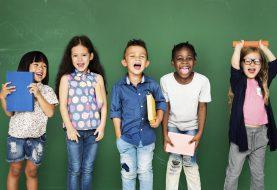 Léto ve znamení přípravy prvňáčků do školy. Jak na to jít hravou formou?