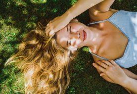Tipy a triky, jak popohnat vlasy k rychlejšímu růstu