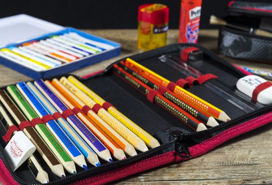 Jak vybavit dětem školní penál?