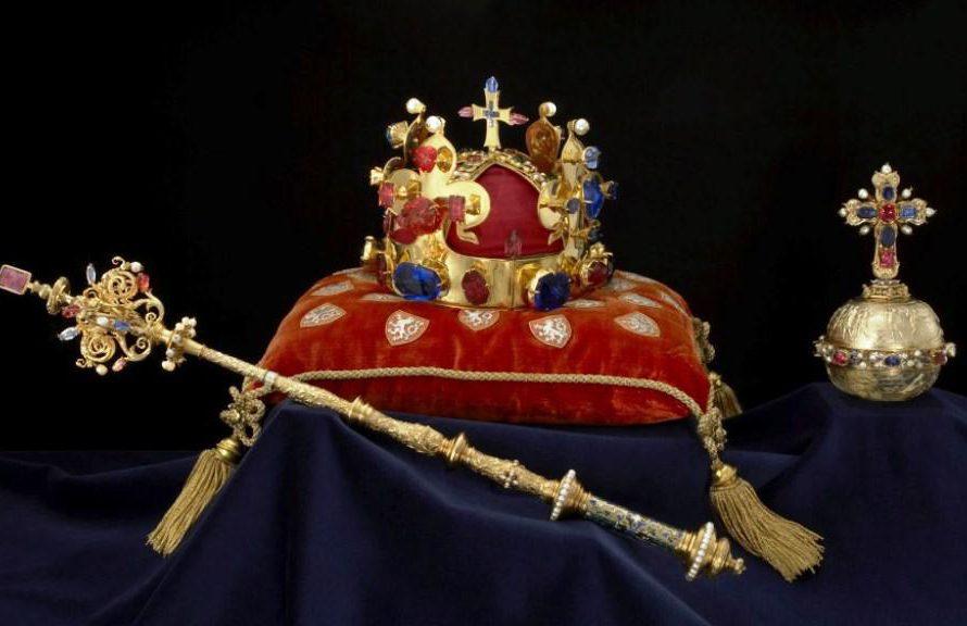 Návštěva Prahy? Nezapomeňte se podívat na svatováclavskou korunu