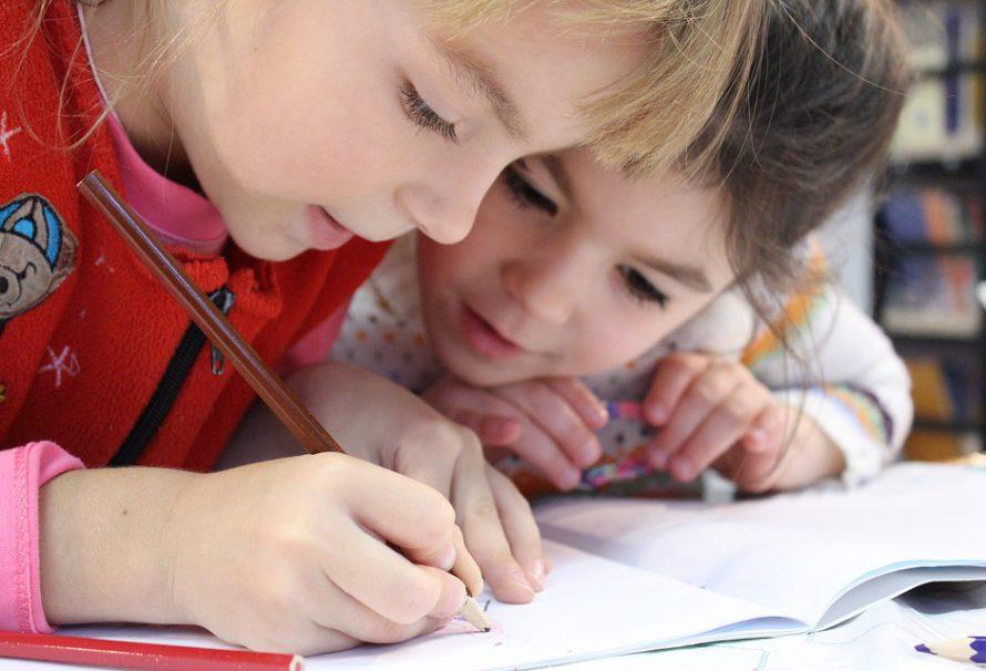 Bolest zad u dětí – co na ni platí?