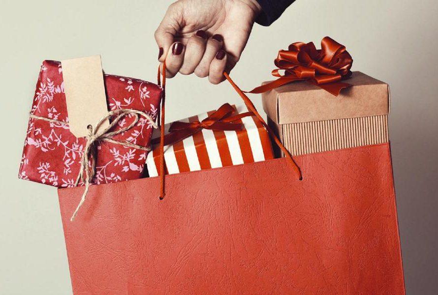 Předvánoční nákupní šílenství je v plném proudu. Raději dvakrát měřte a jednou řežte