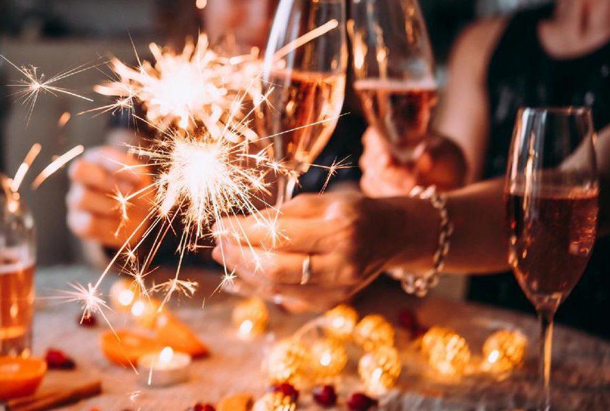Místo vánočního večírku novoroční party?  Proč ne, připravte pro své zaměstnance jedinečný zážitek na kolejích.