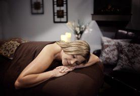 Také máte seznam toho, co byste měli v životě zkusit? A je na něm i erotická masáž?