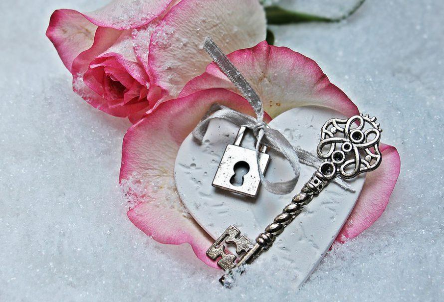 Valentýn přichází – jak se na něj připravit, pokud se vám do toho nechce?