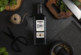 Tradice Fernet Stock se převtělila do moderní lahve